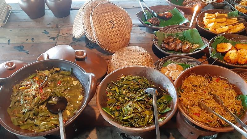 Nikmatnya Mangut Lele Sayur Lompong Cengkir Heritage Resto and Coffe 6