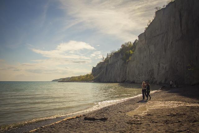 A Walk on the Beach (2018)