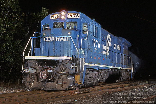 B23-7 1976 at East Jct., Attleboro, MA on 9/4/95.