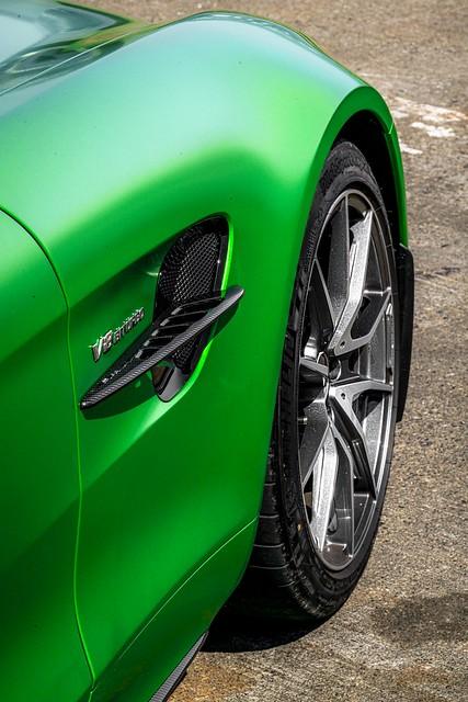 Mercedes Benz GT-R