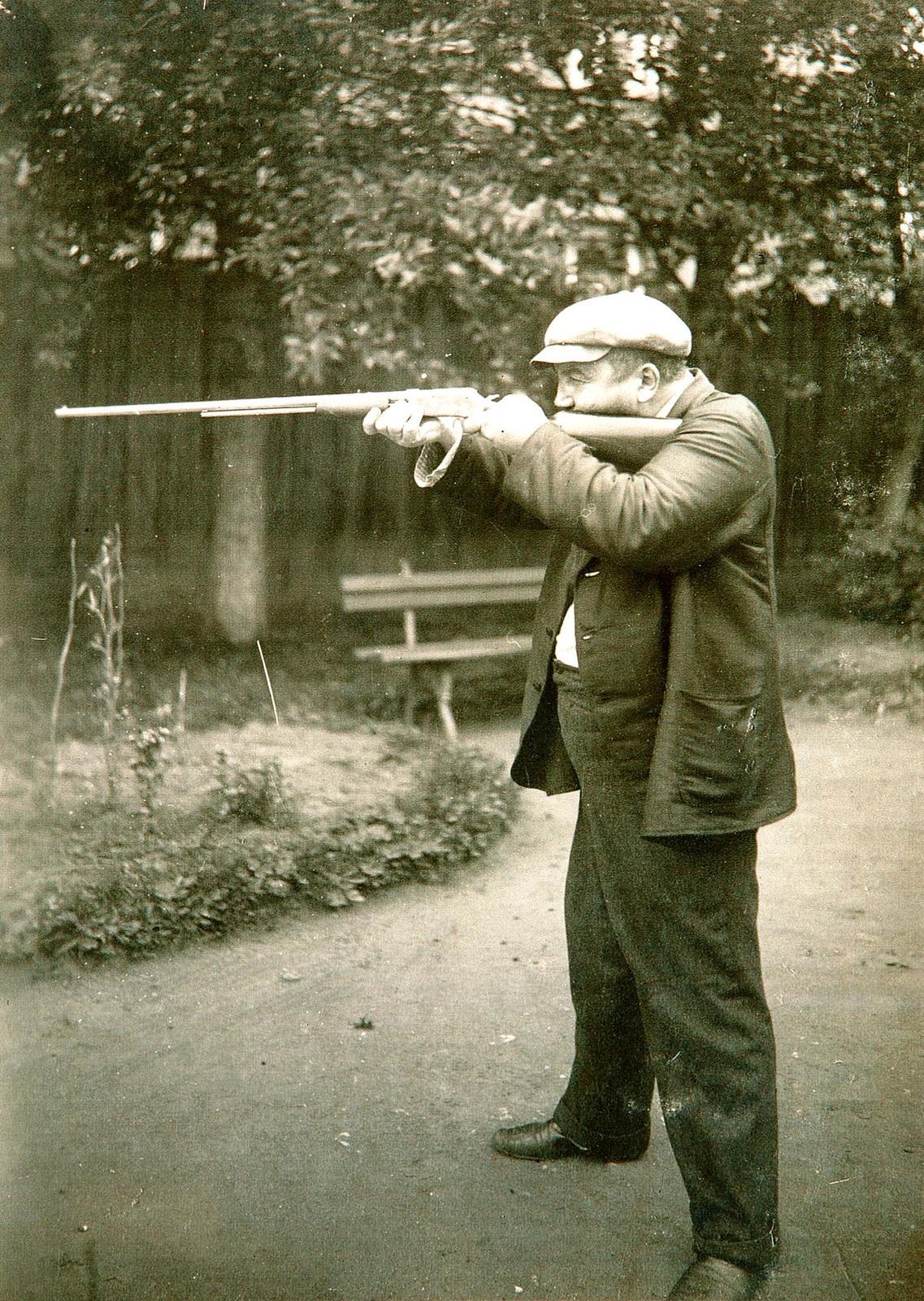 1913. Александр Куприн в Гатчине