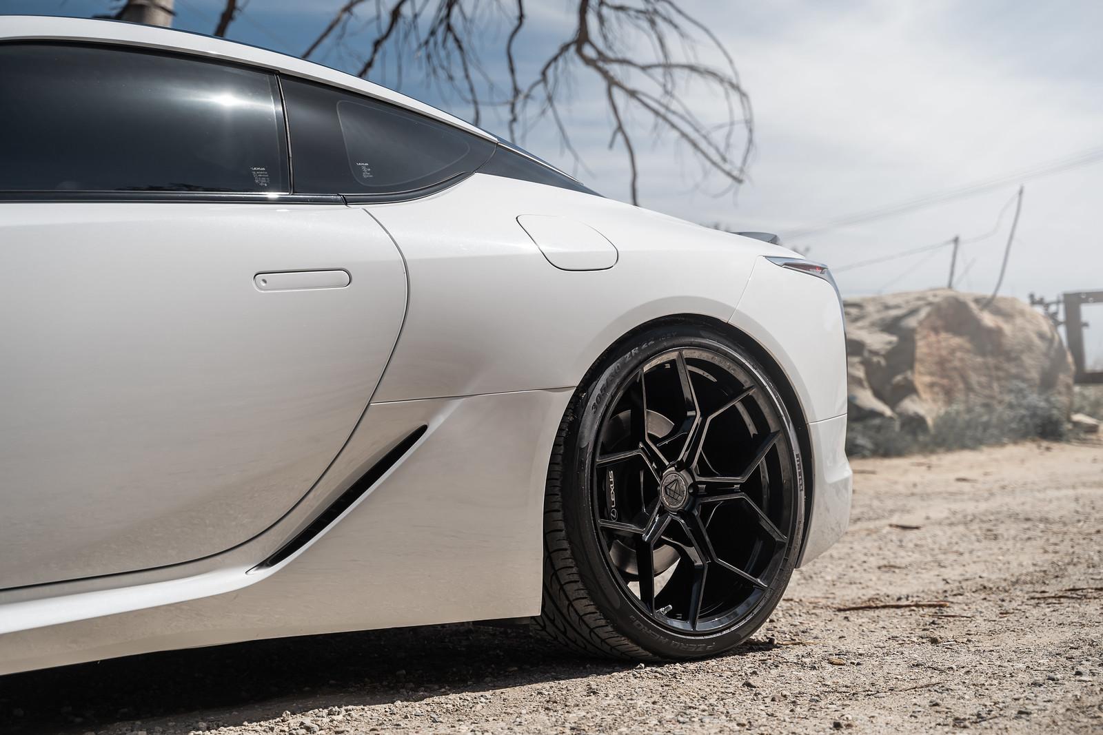 2018_Lexus_LC500_BDF25_Gloss_Black_1