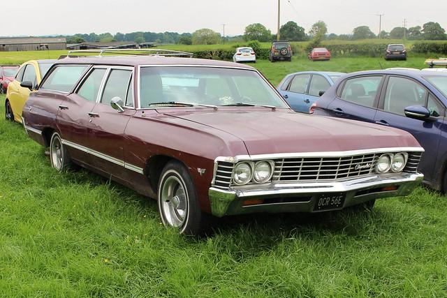 059 Chevrolet Impala (4th Gen) 4 door Station Wagon (1967) OCR 56 E