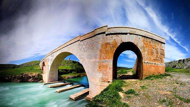 Panoramic view of the historical Kızılin Bridge in Besni, Adiyaman.