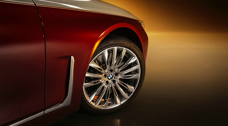 2022-BMW-7-Series-Shining-Shadow-Edition-1