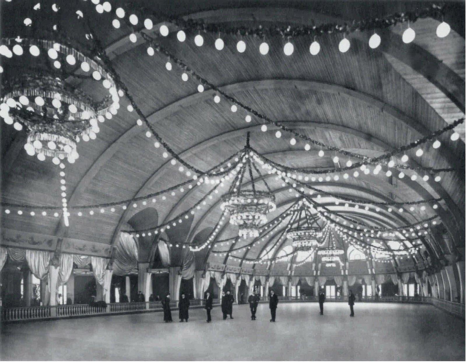 1911. Скейтинг-ринг на Марсовом поле