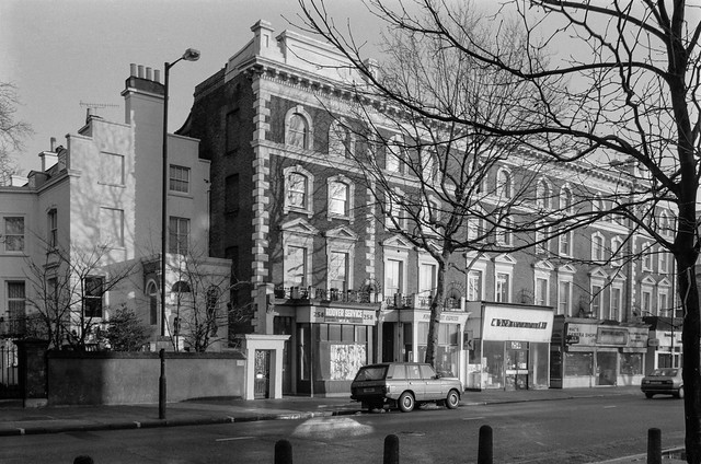 Mac's Cameras, Shops, 250-8, King St, Hammersmith & Fulham, 1990, 90-1d-46