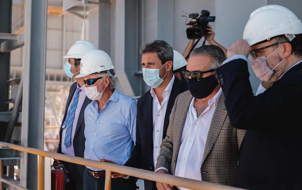 2021-04-19 PRENSA: Uñac y Kulfas inauguraron un horno  calero y firmaron acta acuerdo para generar nuevas fuentes de empleo para San Juan