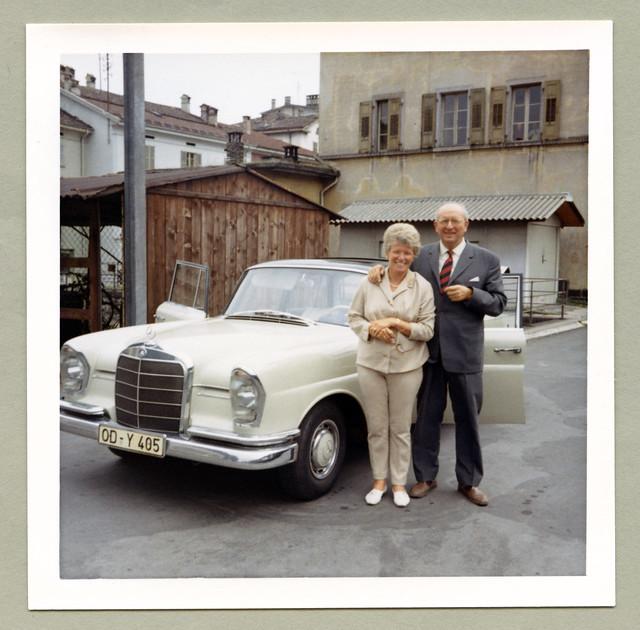 Mercedes-Benz 220 SE