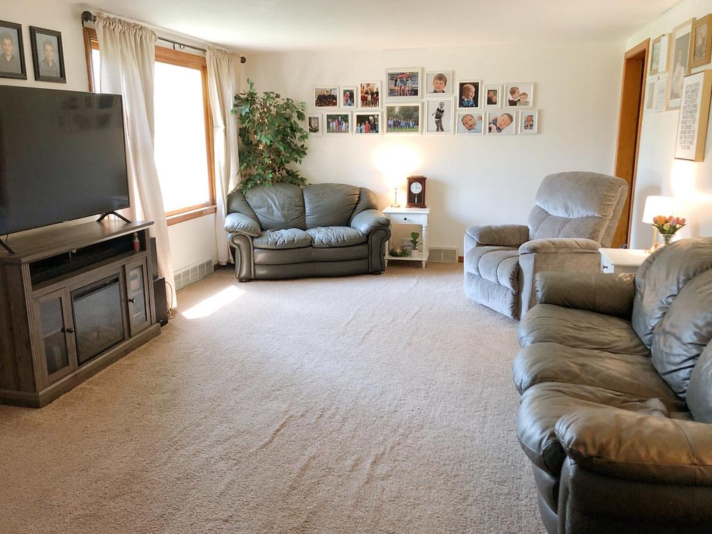 Living Room Update on a budget | www.jennrych.com