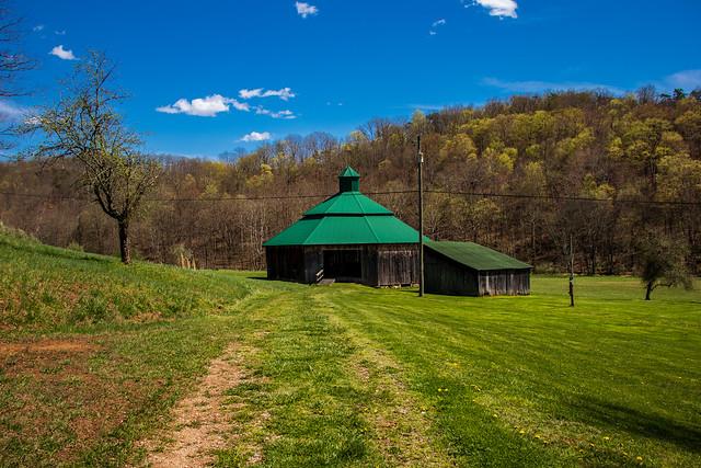Rankin Octagonal Barn