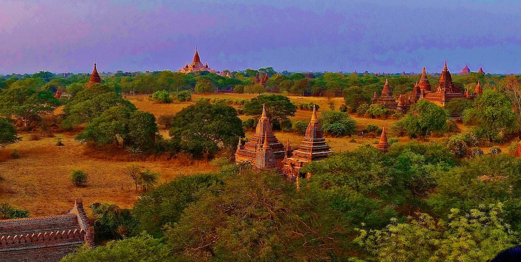MYANMAR ,Burma - Old-Bagan, Sonnenuntergang mit Blick von der imposanten Shwesandaw-Pagode(Tempel)  ( in explore) 78313/13593