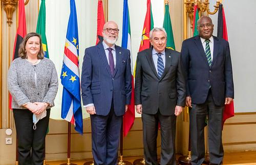 21.04. Secretário Executivo recebe cartas credenciais do Embaixador do Uruguai em Lisboa