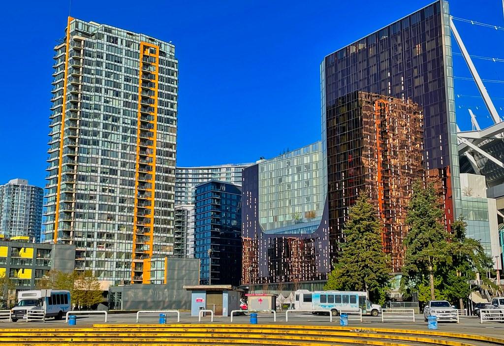 2021 - Vancouver - Parq Reflection