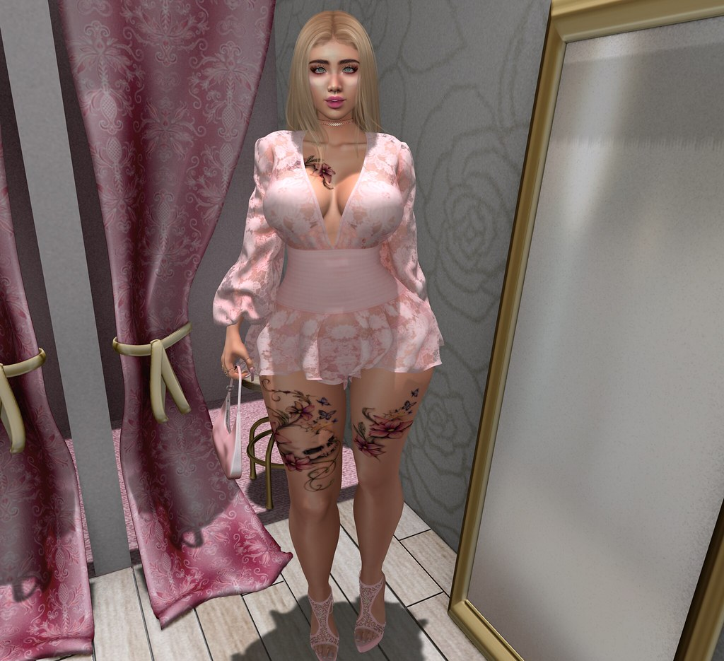 Pink Lace Outfit Second Life