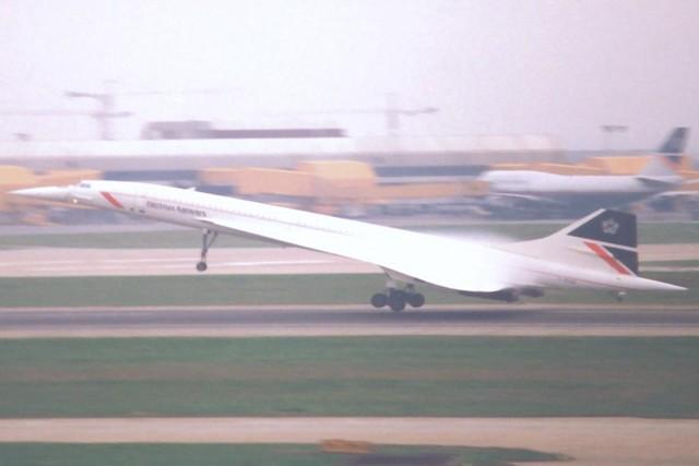 G-BOAE Heathrow 12 March 1991
