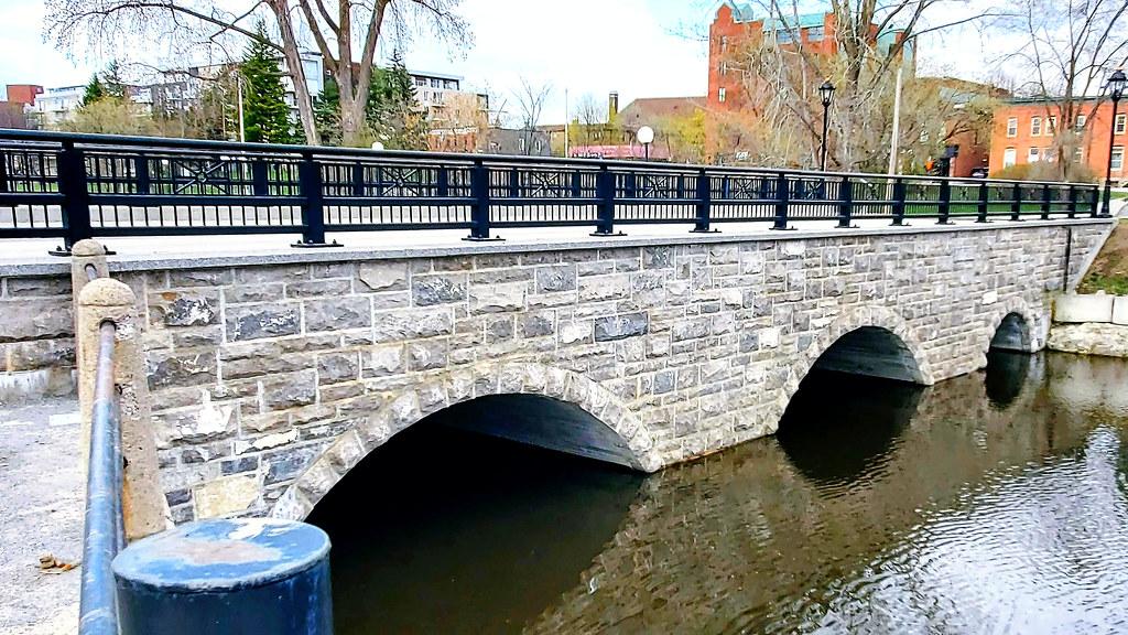 Wright Street bridge over Brewery Creek