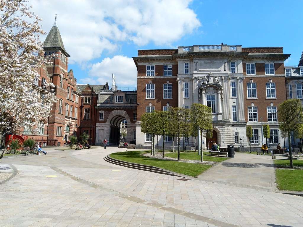 University Quad, and Arch, University of Liverpool