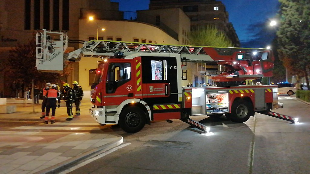 Incendio en la calle Agricultura de Salamanca.  (6)