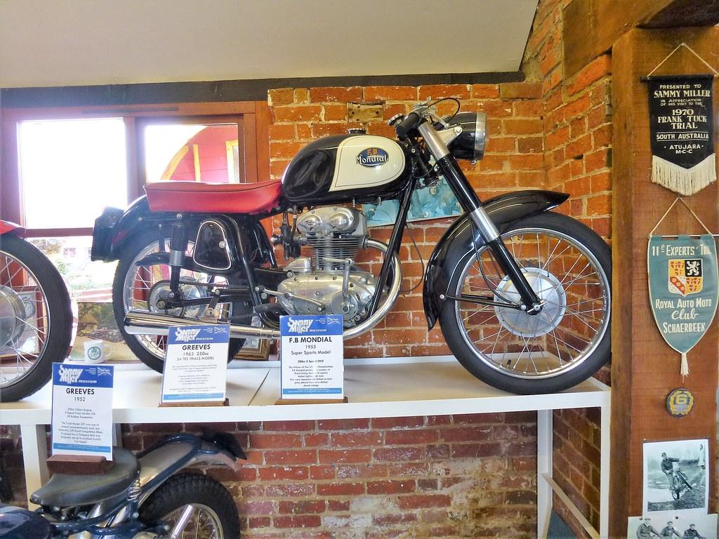 1955 F B Mondial Super Sports Model. 200cc 5 speed ohv - Sammy Miller Museum