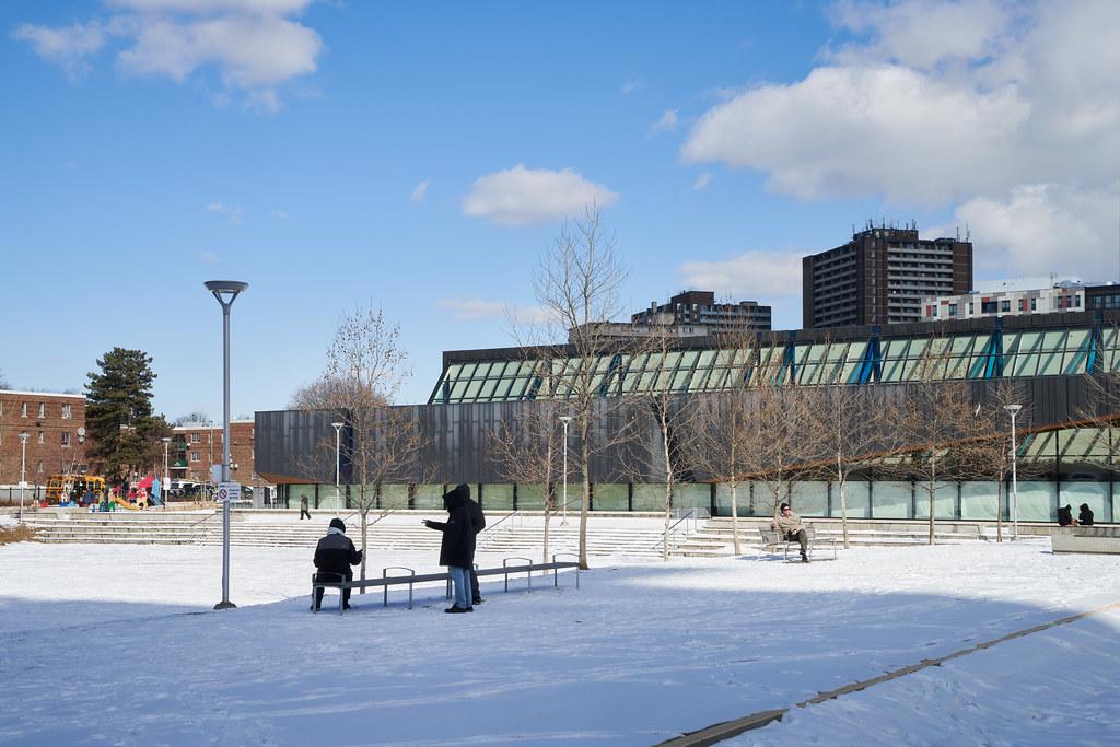 Regent Park Aquatic Centre 03
