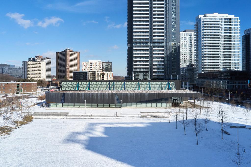 Regent Park Aquatic Centre 06