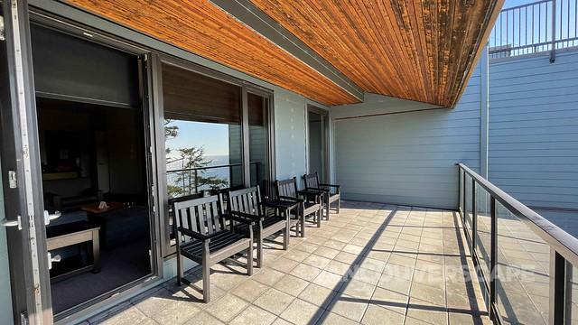Black Rock Oceanfront Resort-21