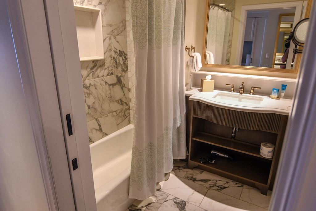 Riviera tub bathroom