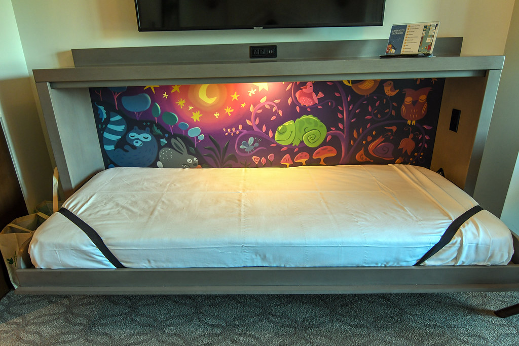 Riviera Pascal bed