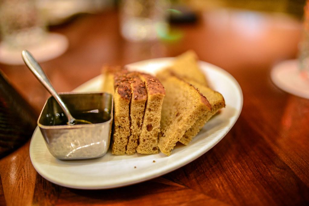 Tiffins bread service AK