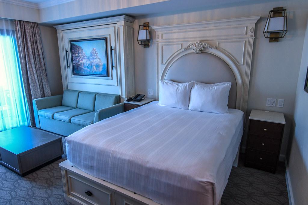 Riviera studio bed