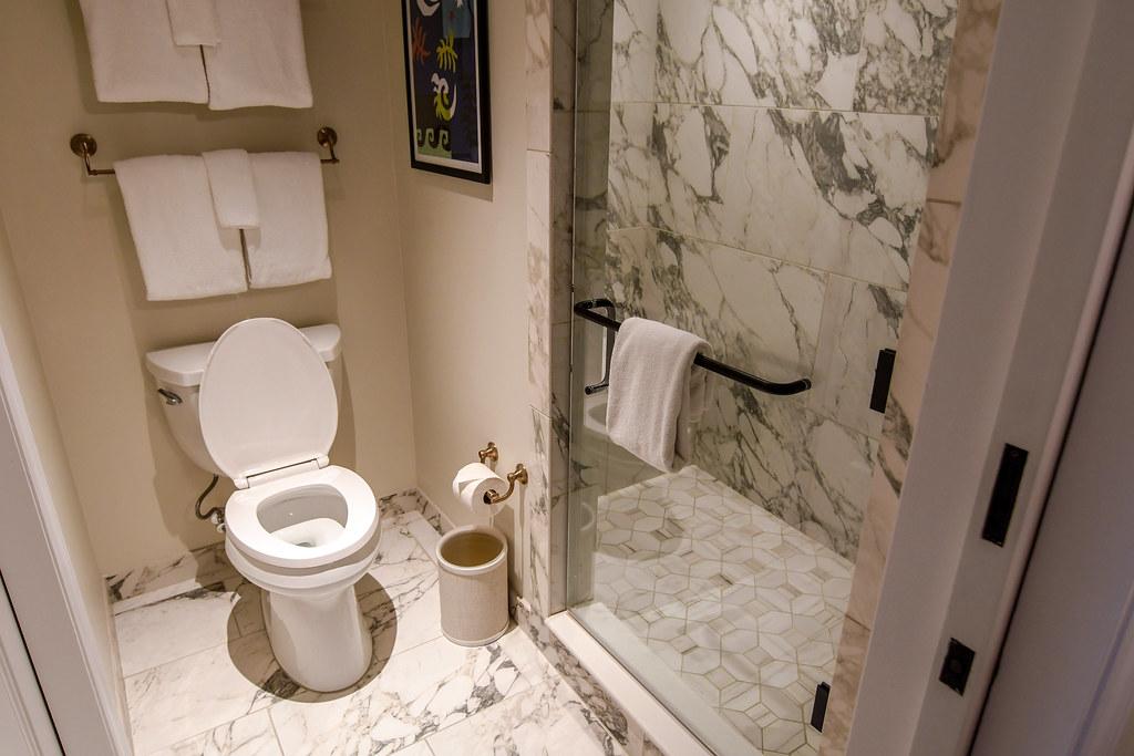 Riviera bathroom