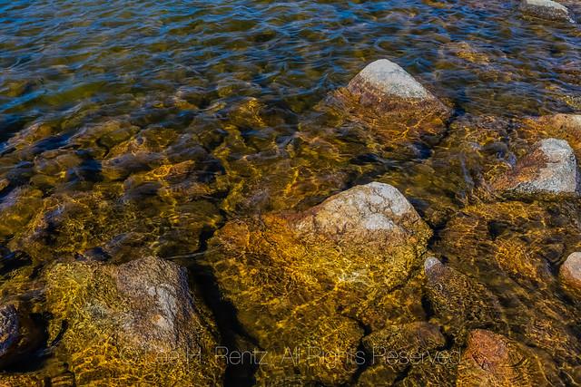 Long Lake along Beartooth Highway