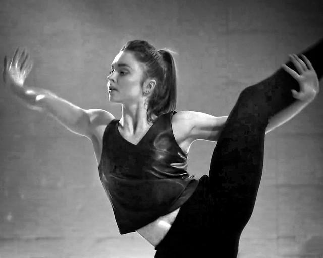 Dance ¬ 5902