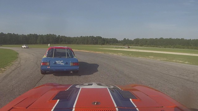 280z making a pass on an RX7