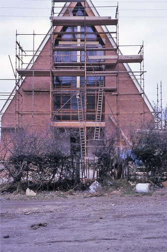 The Building of Brownhills Methodist Church 1967