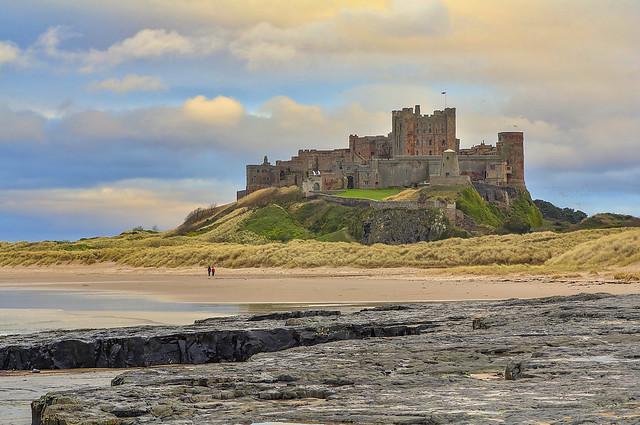 Il signore della spiaggia / The  lord of the beach (Explore!!!)(Bamburgh Castle, Northumberland, United Kingdom)