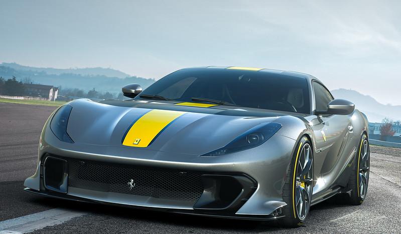 Ferrari812-SV (2)