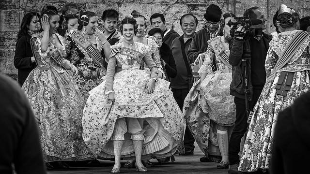 All Dressed Up (Filming The Ladies on  Plaza de Virgin - Valencia) Monochrome (Olympus OM-D EM5.2 & M.Zuiko 12-100mm f4 Pro Zoom)