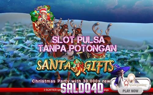 Judi Slot Santa Gifts Spade Gaming SALDO4D