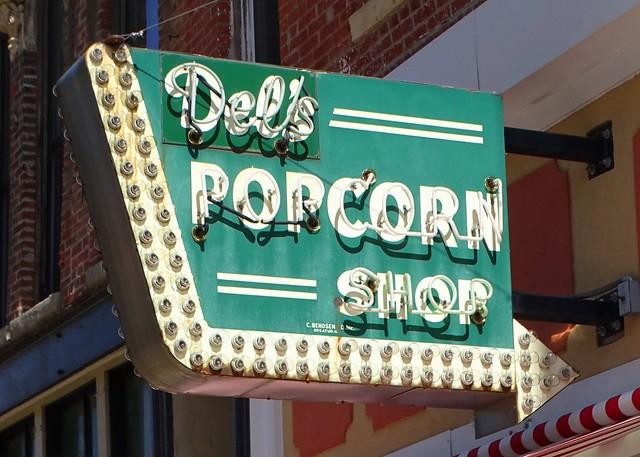 IL, Decatur-Del's Popcorn Shop Neon Sign
