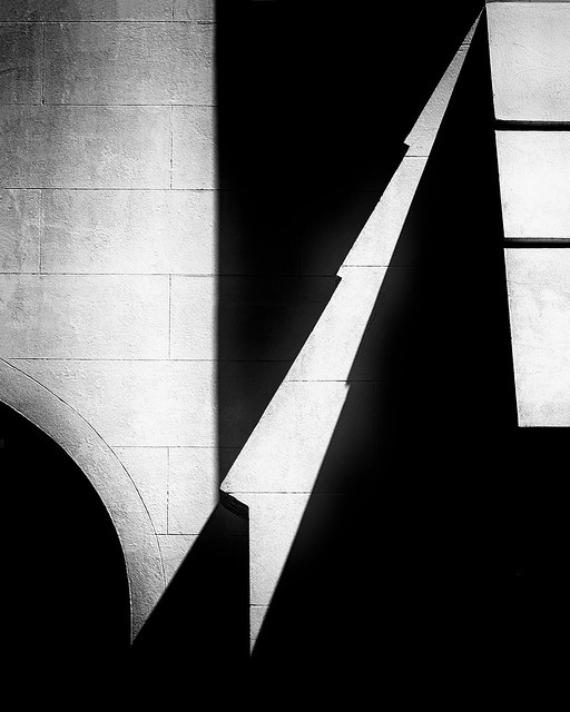 Shadows-and-Shapes-IV_84A1900-1