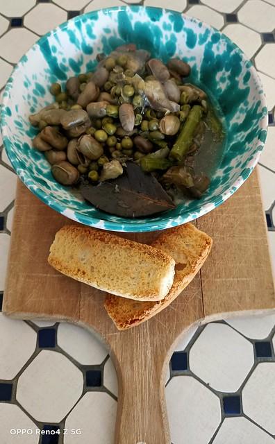 Pranzo con: fave,piselli,carciofi e asparagi #cucinachepiacere!
