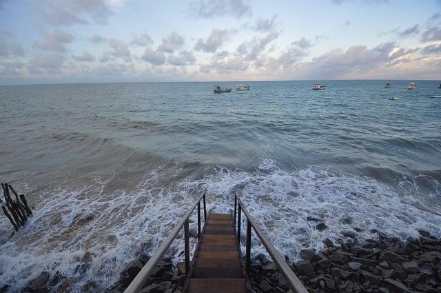 O mar avançando... tomando o que foi seu!!!