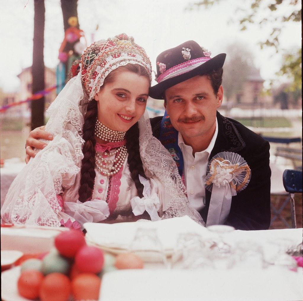 19. Невеста и жених на свадьбе в Будапеште