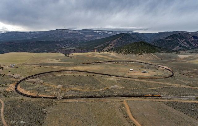 BNSF test train Crater Loops