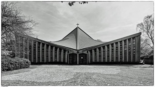 St. Pius X, Pius-Lukas-Kirche