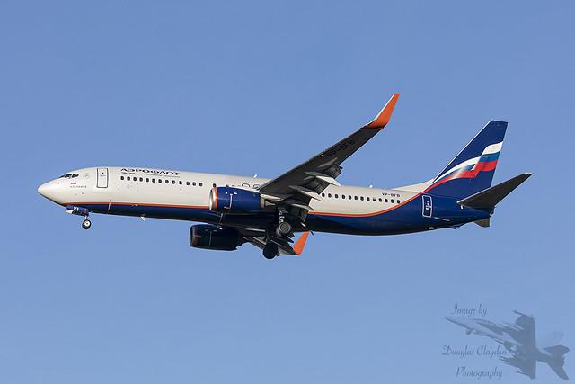 Boeing 737-8LJ VP-BFB