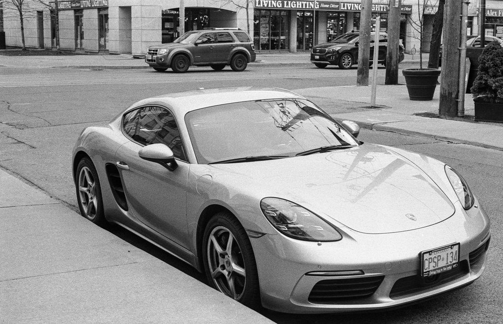Porsche Cayman_