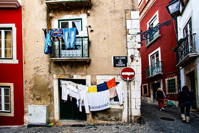 Lisboa Street Scene
